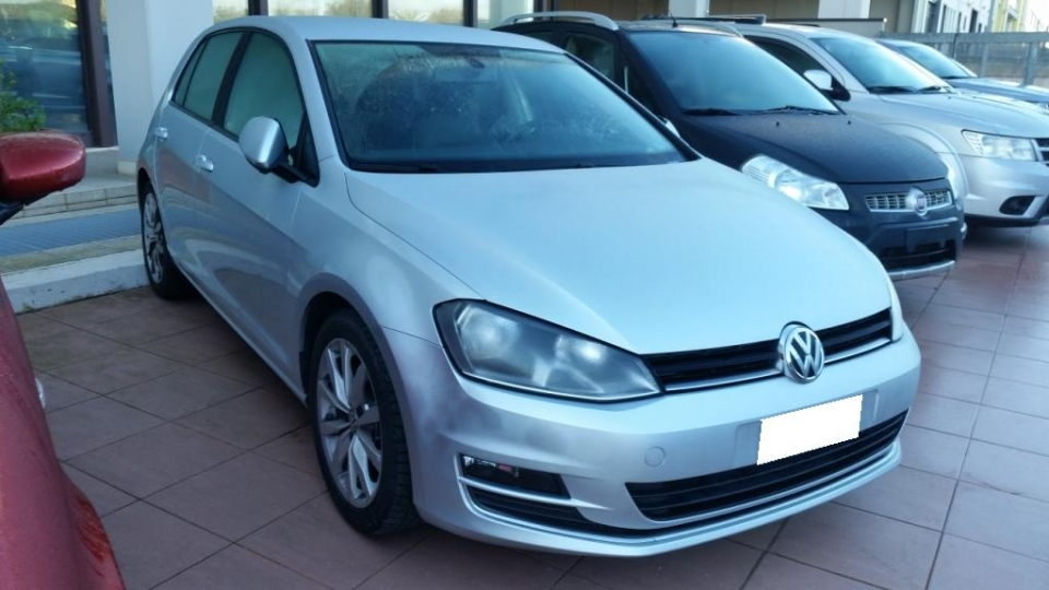 VOLKSWAGEN GOLF 1.6 TDI DSG 5P HIGHLINE BLUEMOT. 105CV E5
