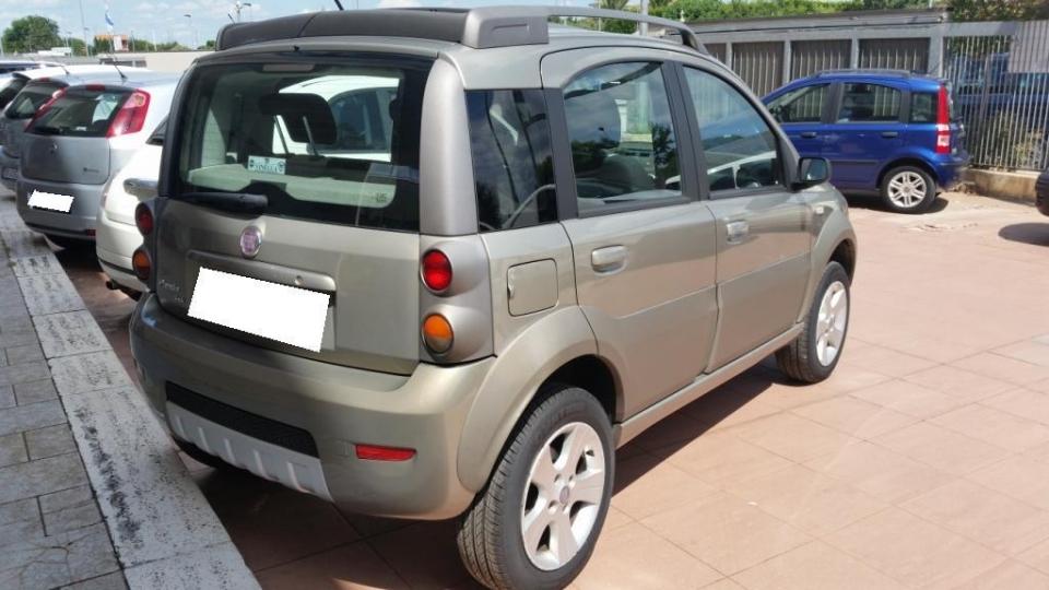 FIAT PANDA 1.3 MJ 70CV 4X4 CROSS   E4